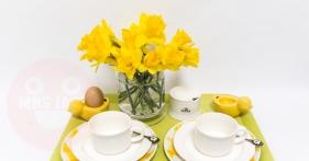 mrs jack yellow tray €65,-