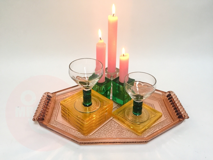 GLASS RAINBOW TRAY €125,-