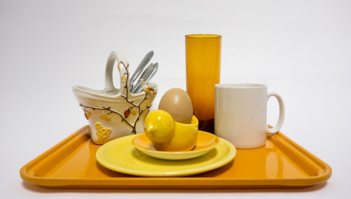 YELLOW BIRDS BREAKFAST TRAY